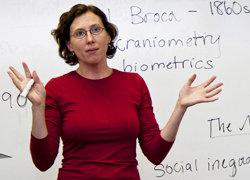 Assistant Professor Miranda Hallet