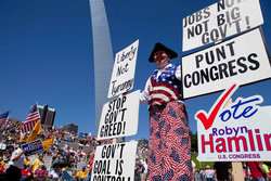 'Gateway to November' rally hosted by St. Louis Tea Party & Tea Party Patriots on Sept. 12 at Gateway Arch, St. Louis, Mo. Whitney Curtis/AP