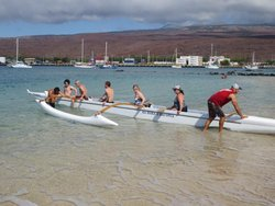 Learning outrigger protocols in Hawai'i