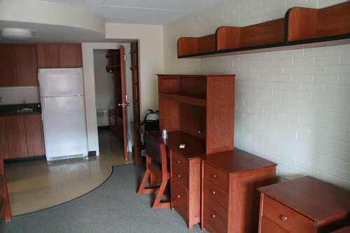 empty garden apartment 26 room makeover 101 fuse ithaca college