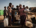 Rohingya Muslims receive rations