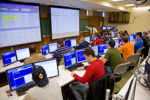 Professor Mulugetta conducts a class in the trading room.