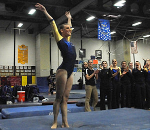 Applause for Jessica Bolduc '12 after she finishes a routine. Photo: Allison Usavage '12