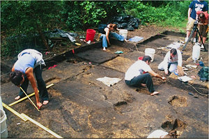 Students working at the Levanna site. Photo courtesy of Professor Jack Rossen