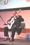 Dr.Cohen honored the award reciepients and guests with a classic solo guitar performance