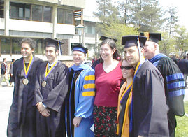2005 economics grads and faculty