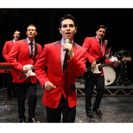Brandon Andrus '02 and Colby Foytik '99 and the rest of the cast of  Jersey Boys