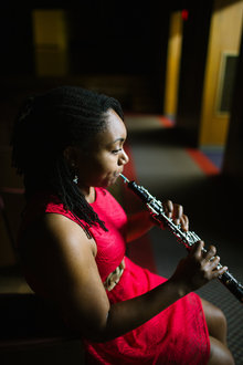 Chloe Washington, oboe player