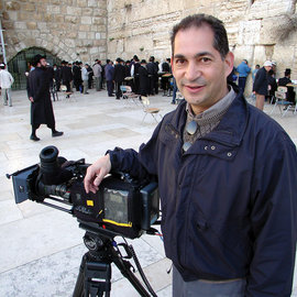 Dan Cohen '76 filming on location at the Western Wall in Israel