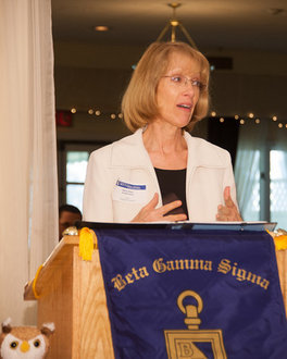 Dean Zuckerman Speaking During Beta Gamma Sigma Award Ceremony