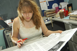 "Erica Hendry '09 editing ""The Ithacan"""