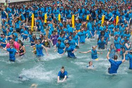 IC Senior Splash 2014 at Dillingham Fountain