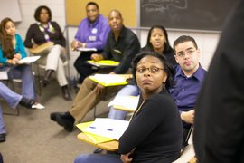 Ithaca College alumni participate in a mentoring session for multicultural students.