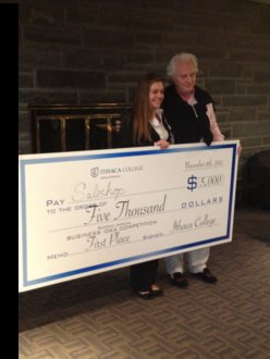 Jaclyn Cheri '15 Receives $5,000 Prize from Judge Chris Burch
