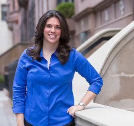 Jessica Schwartz '05 in New York City. Photo by Adam Baker