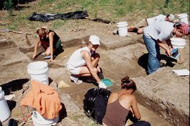 Students excavating at the Levanna site near Cayuga Lake.