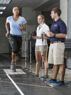 Students study exercise physiology in the biomechanics lab.
